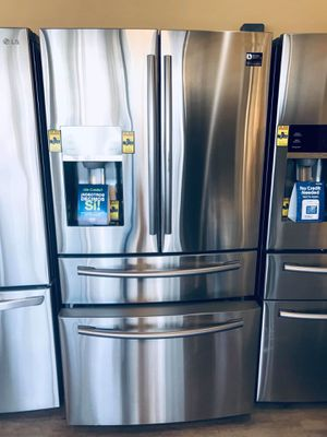 Refrigerator 🥶🥶 for Sale in Bell, CA