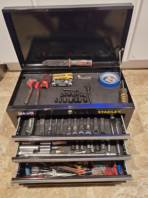 Stanley tool box with mixed tools for Sale in Fontana, CA