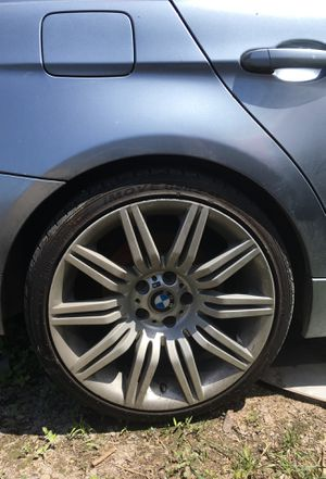 Wheels for bmw, 4 rims 2 with rims for Sale in Austin, TX