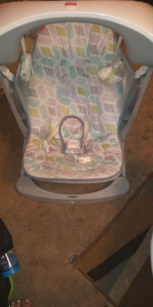 Brand New portable baby swing for Sale in Saint Ann, MO