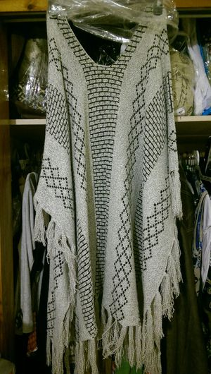 Poncho Size 2XL Brand New for Sale in Columbia, SC