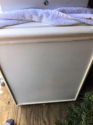 U Line mini fridge with Ice Maker for Sale in Saint Ann, MO