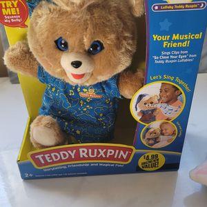 TeddyRuxpin CLASSIC SINGALONG TOY for Sale in La Presa, CA