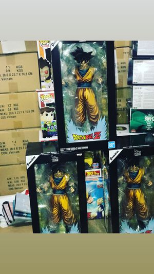 Dragon ball Z Goku statue for Sale in East Los Angeles, CA