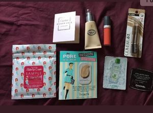 Lot of 8 cosmetics/perfume/make up samples NEW for Sale in Lakewood Township, NJ