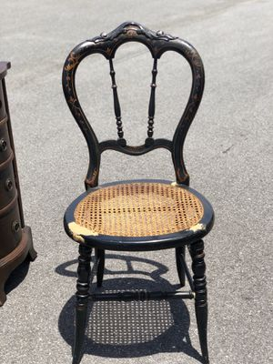 Beautiful antique chair for Sale in Riverview, FL