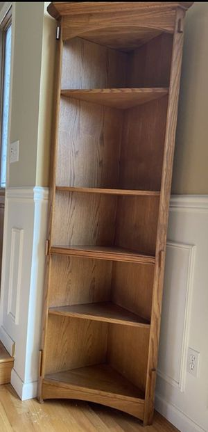 Nice Bassett Corner Shelf for Sale in Kent, WA