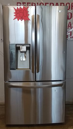 REFRIGERADOR L G STAINLESS FRENCH DOOR for Sale in Grand Prairie, TX