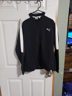 Puma jacket for Sale in Happy Valley, OR