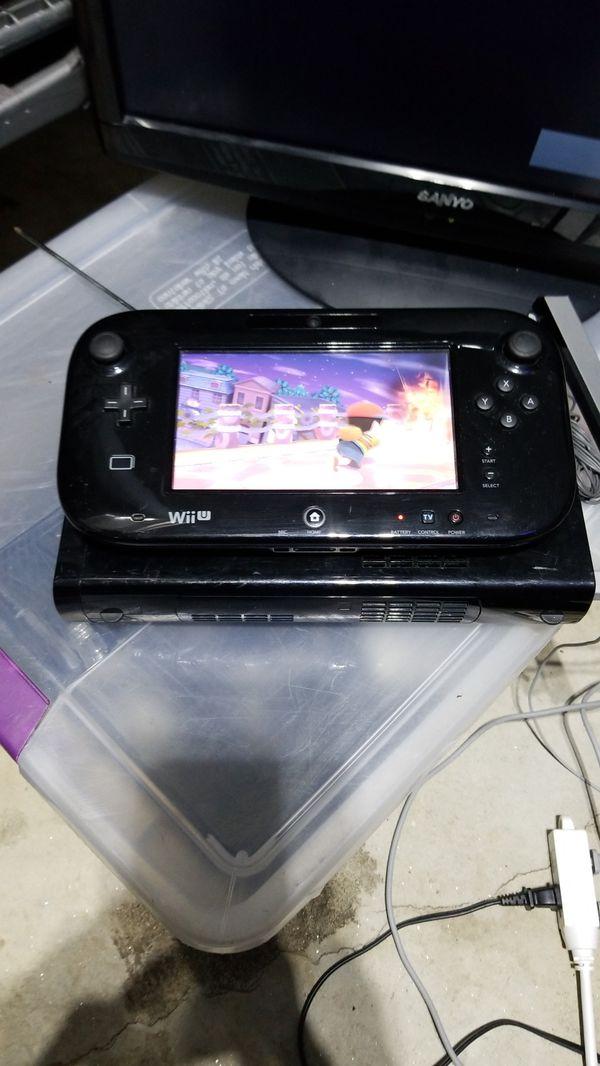 Nintendo Wii U with Super Smash Bros