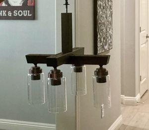 4 light bulb light fixture / chandelier Works great for Sale in Henderson, NV