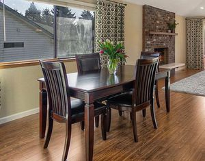 Table Dining Room set for Sale in Kent, WA