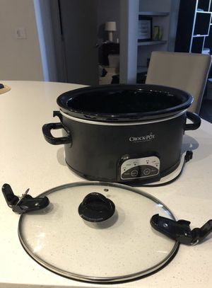 Crock Pot: The Original Slow Cooker 6QT for Sale in Austin, TX