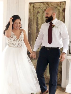 Hayley Paige Halo Wedding Dress for Sale in Helotes, TX