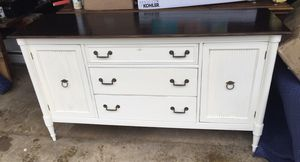Buffet Table / TV Console for Sale in Grove City, OH