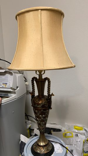 Lamp. Great condition barely used for Sale in Henderson, NV
