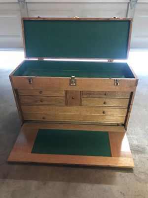 Wooden tool chest. for Sale in Chino, CA