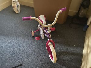 Kids bike for sale for Sale in Cleveland, OH