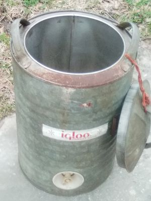 Igloo stainless cooler for Sale in Beaumont, TX