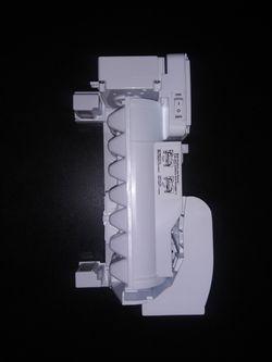 Ice Maker AEQ73110210 for Sale in Midlothian,  VA