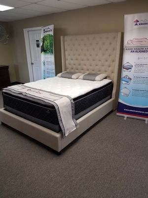 Queen bundle deal with free mattress and free delivery for Sale in Arlington, TX