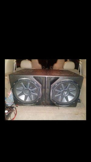 2 15s kicker compvx with q bomb probox box for Sale in Humble, TX