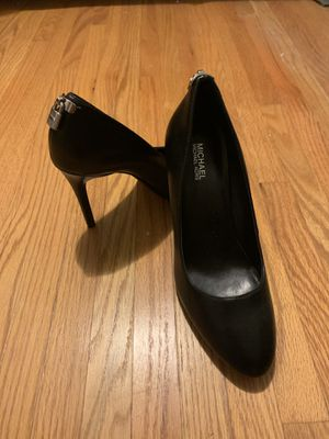Michael Kors heels/ like new. Worn once for Sale in Niagara Falls, NY