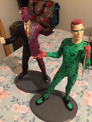 2 face and riddler statues for Sale in Sacramento, CA