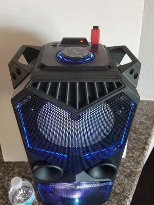 Bluetooth wireless speaker for Sale in Las Vegas, NV