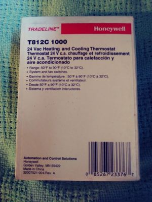 Honeywell T812C 1000 Thermostat for Sale in Plymouth, MA