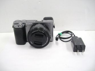 Sony Alpha a6000 Mirrorless Full HD Digital Camera w/ 16-50mm Lens for Sale in Los Angeles,  CA