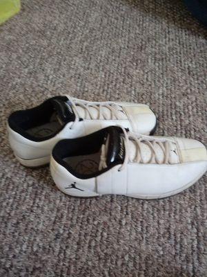 Air Jordan size 9 1/2 for Sale in Eaton Rapids, MI