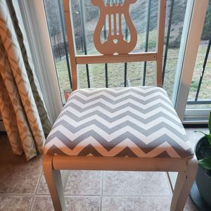 Four Antique Chairs for Sale in Stafford, VA