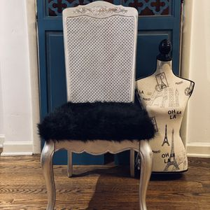 Glam Chair For Desk Or Vanity for Sale in Seattle, WA