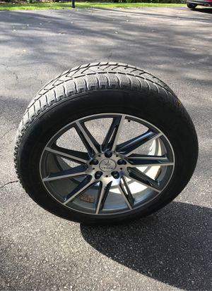 "19"" Pirelli Scorpion Snow Tire and Rim for Sale in St. Charles, IL"