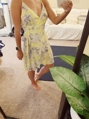Beautiful yellow floral wrap dress for Sale in Gibsonton, FL