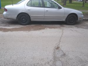 1996 Nissan Altima o.b.o. for Sale in Gary, IN