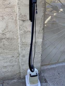 Moving- Conair Steamer for Sale in Las Vegas,  NV