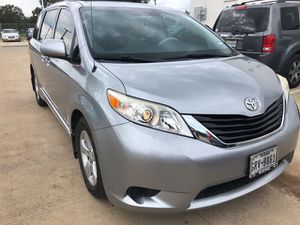 2013 Toyota Sienna LE AAS for Sale in San Antonio, TX