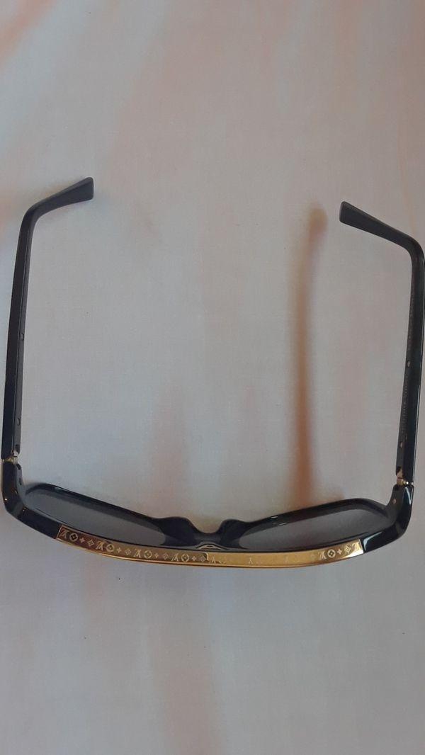 Louis Vitton Sunglasses