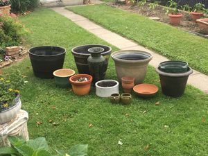 Plant pots, various sizes for Sale in Pittsburgh, PA