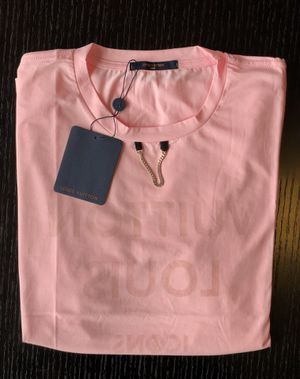 Pink Louis Vuitton t shirt for Sale in Miami, FL