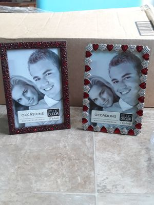 Red hearts heavy duty frame. for Sale in St. Petersburg, FL