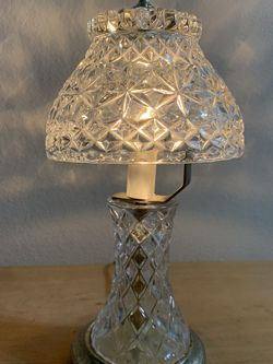 VINTAGE Crystal Lamp for Sale in Santa Ana,  CA