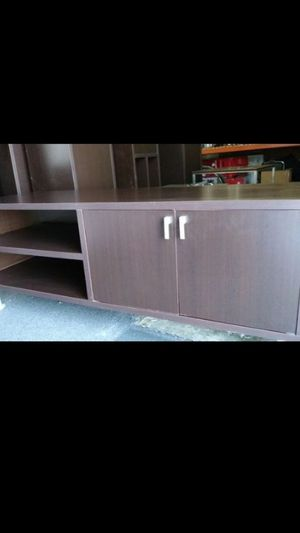 "Super sturdy TV stand great condition 61"" long for Sale in Spring Valley, CA"
