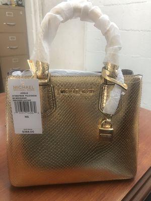 Michael Kors Gold Messenger Bag for Sale in Arlington, TX