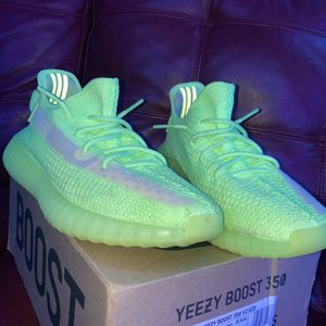 YEEZY BOOST 350 Glow In The Dark for Sale in Wake Forest, NC