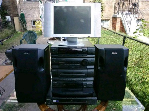 Perfect Little Home Theater System