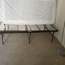 Metal Bed Frame for Sale in Fremont,  CA