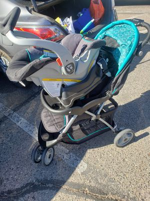 Baby trend dual carsest/stroller set. Great condition for Sale in Tucson, AZ